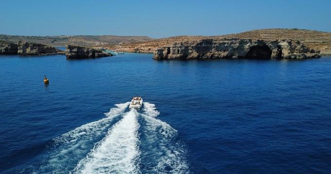 Location bateau Sliema pas cher Jet 21