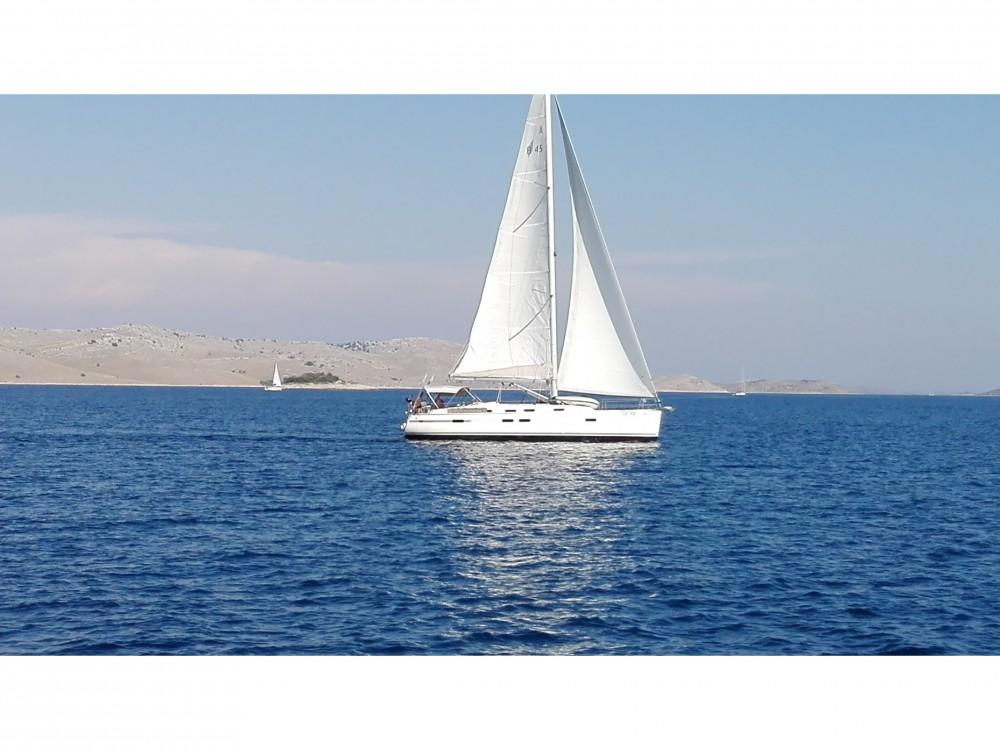Bootverhuur Caorle goedkoop Bavaria 45 Cruiser