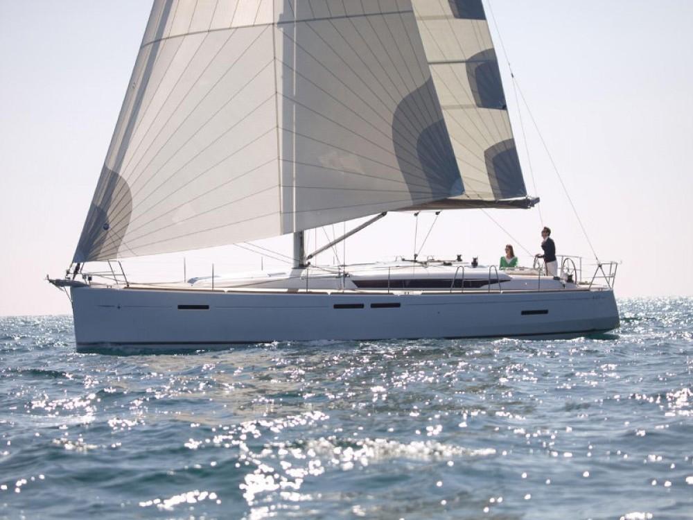Bootverhuur Jeanneau Sun Odyssey 449 in Marina Gouvia via SamBoat