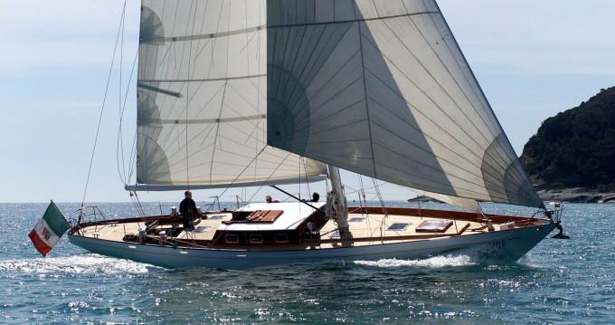 Location bateau SLOOP BERMUDIEN CLASSIC LAURENT GILES MONOTYPE N°553 à Lorient sur Samboat