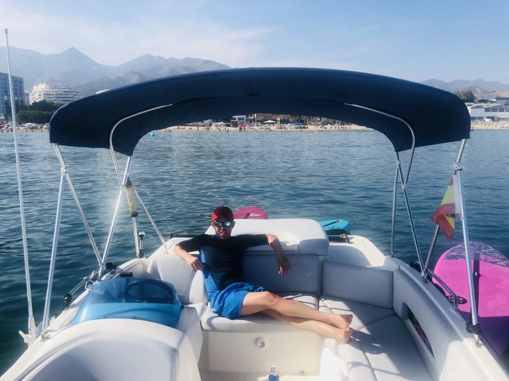 Louez un Bayliner 6m à Puerto Deportivo de Marbella