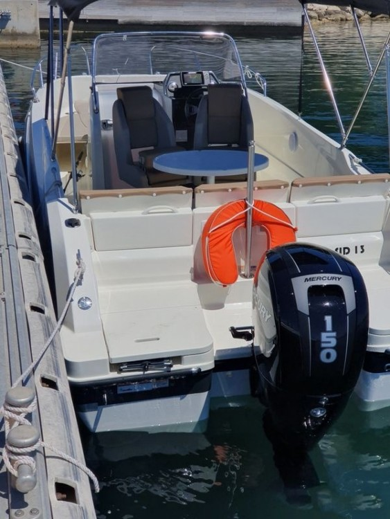Boat rental Marseille cheap Activ 675 Open Sport