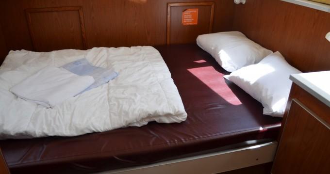 Location bateau Les Canalous Pénichette 1107W à Chenillé-Changé sur Samboat