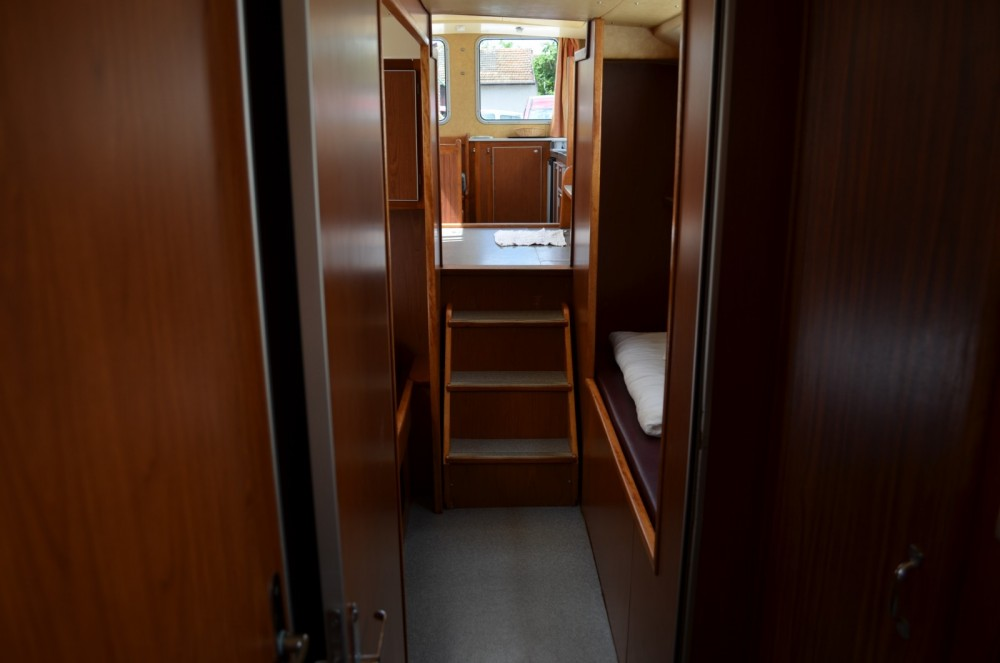 Houseboat for rent Luzech at the best price
