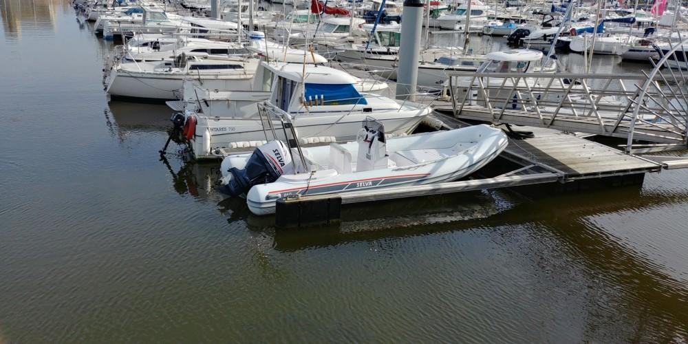 Huur Rubberboot met of zonder schipper Selva in Les Sables-d'Olonne
