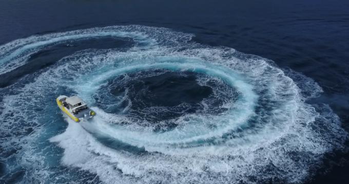 Louer Bateau à moteur avec ou sans skipper Baracuda à Hvar