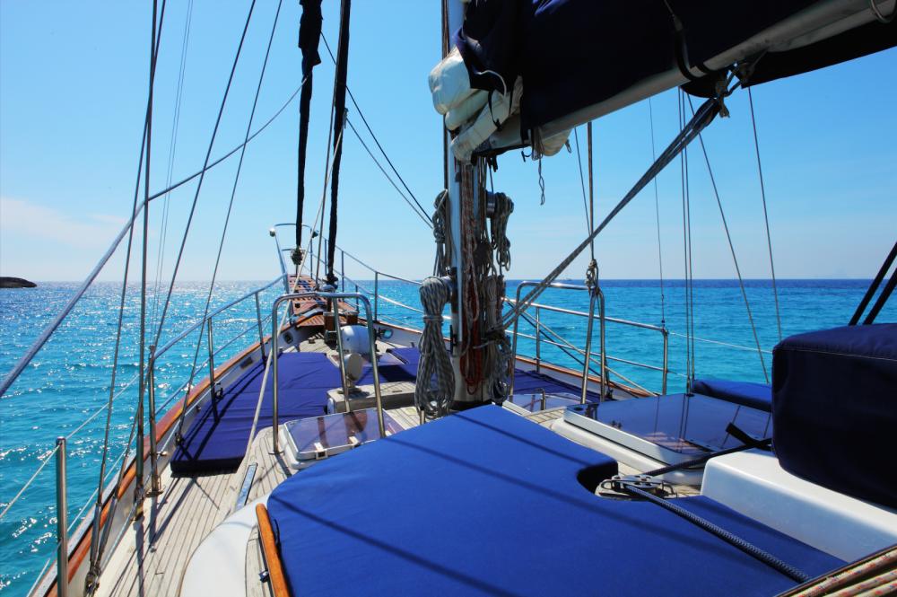Location bateau modern Sailing Ketch CT56 à Santa Eulària des Riu sur Samboat