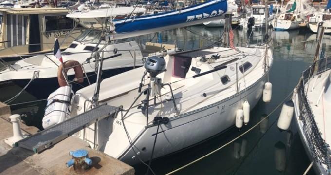 Location bateau Le Barcarès pas cher Dufour 30 Classic