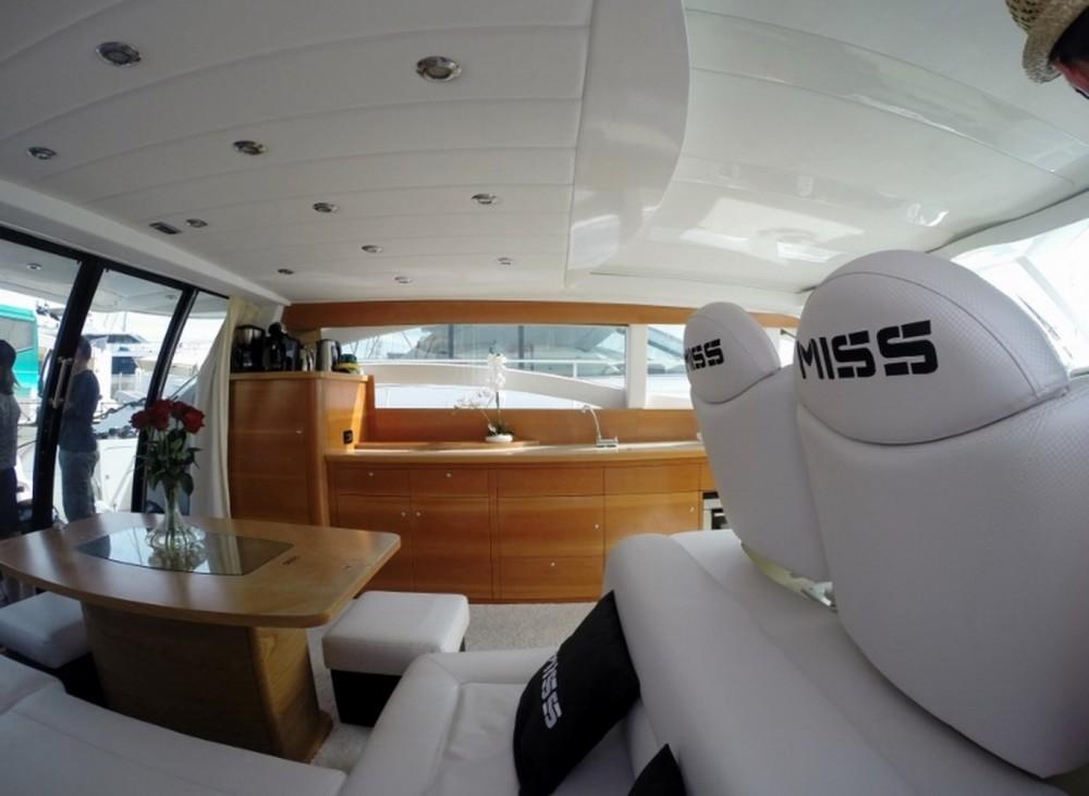 Location bateau Porto-Vecchio pas cher Alena 56 Estandar