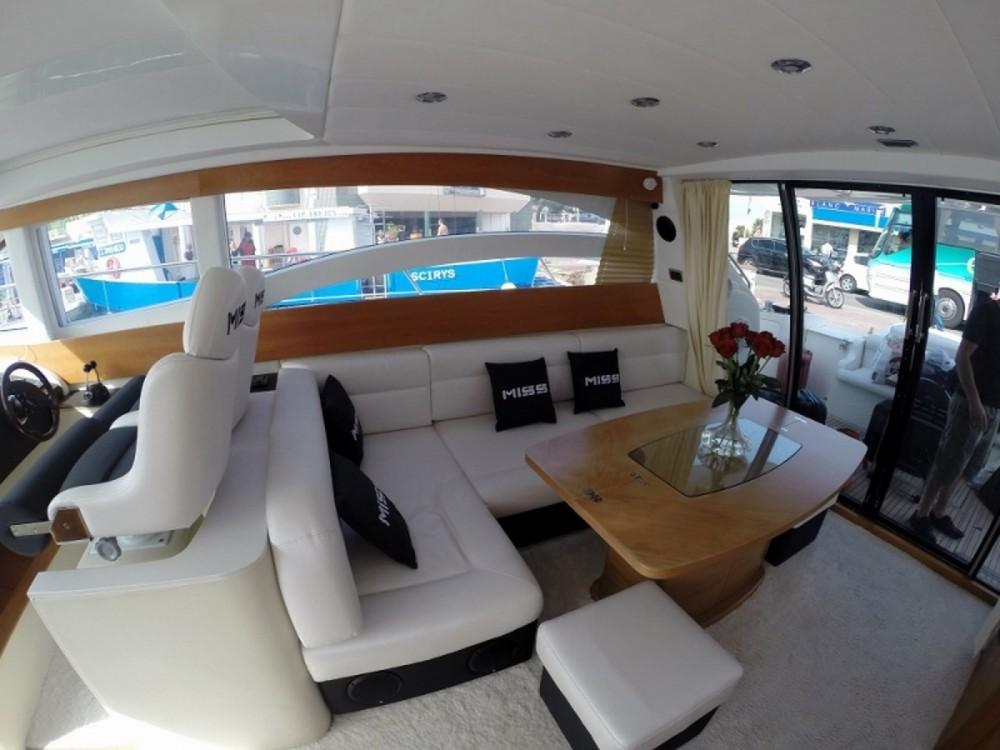 Location Yacht Innovazione e Progetti avec permis