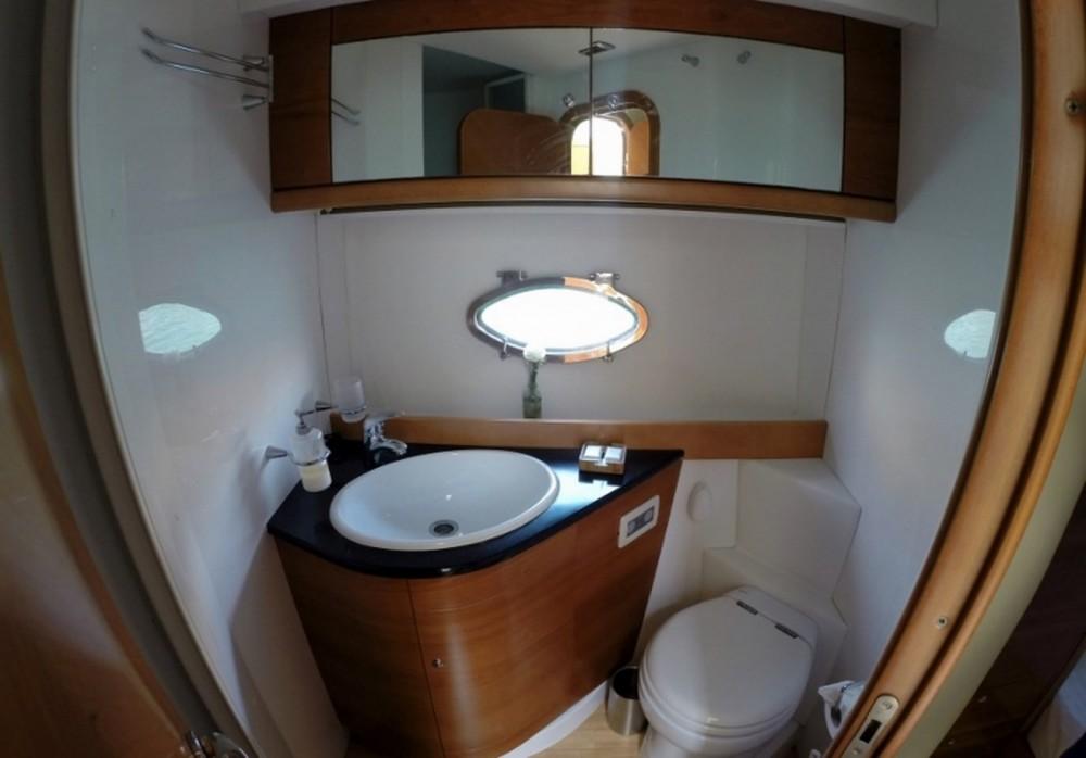 Bootverhuur Innovazione e Progetti Alena 56 Estandar in Porto-Vecchio via SamBoat