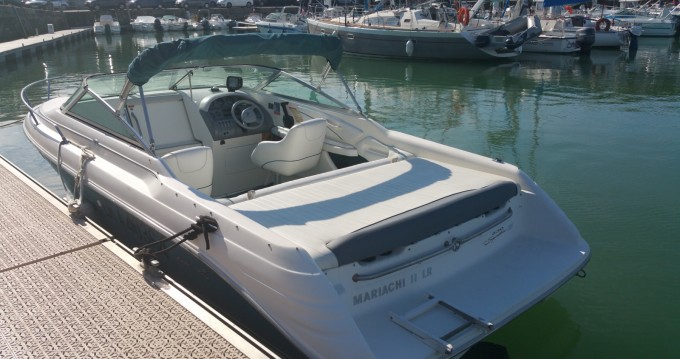 Sea Ray Sea Ray 230 Overnighter entre particuliers et professionnel à Meschers-sur-Gironde