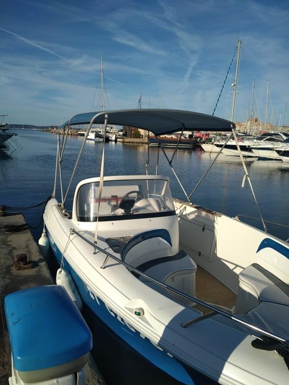 Location bateau Hyères pas cher 600 open