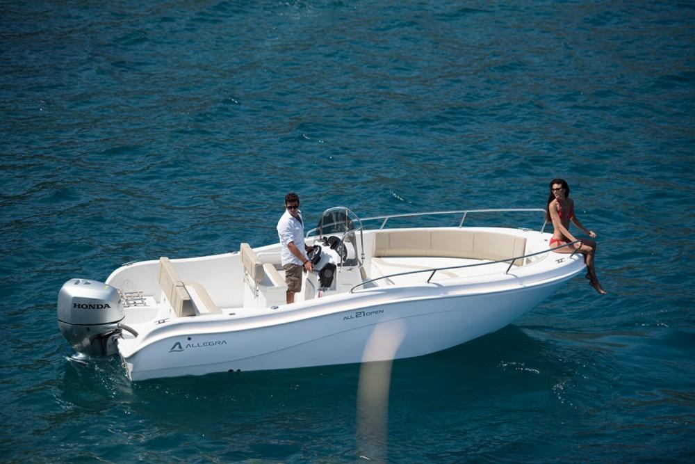 Allegra Boats all 21 open entre particuliers et professionnel à Fréjus