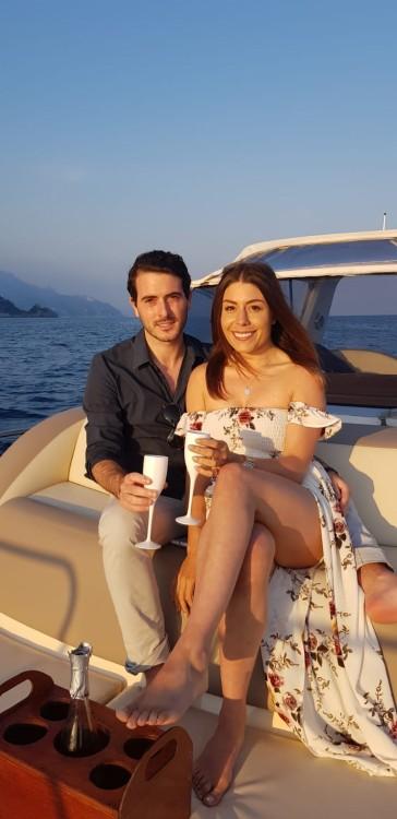 Louer Bateau à moteur avec ou sans skipper Aprea mare 9 mt à Positano