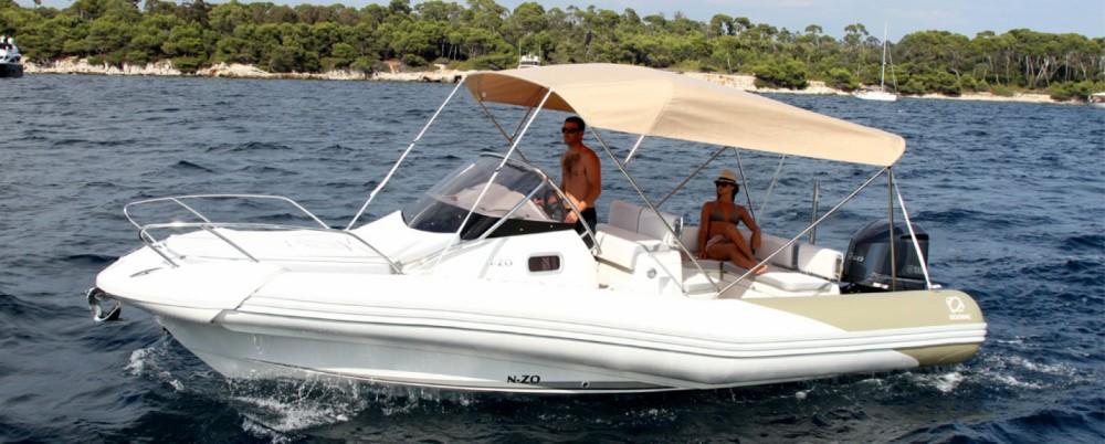Rubberboot te huur in Le Verdon-sur-Mer voor de beste prijs