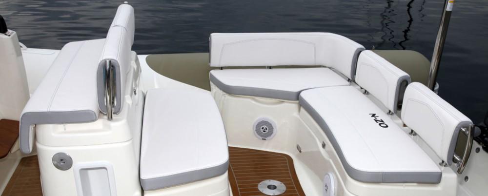 Verhuur Rubberboot in Le Verdon-sur-Mer - Zodiac N-ZO 700 Cabin