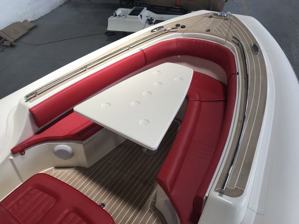 Rental yacht Port Grimaud - Wimbi Boats W10 on SamBoat