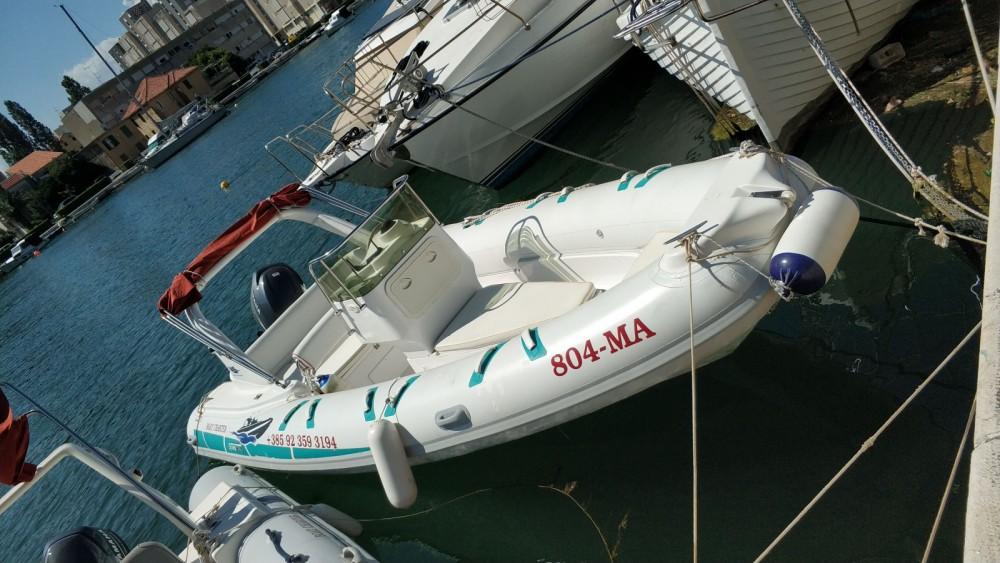Vermietung Schlauchboot Stingher mit Führerschein