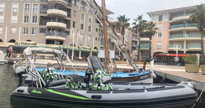 Location bateau Adventure VESTA 550 à Fréjus sur Samboat