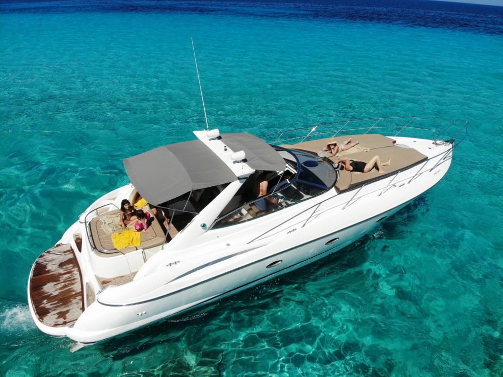 Louer Bateau à moteur avec ou sans skipper Sunseeker à Îles Baléares