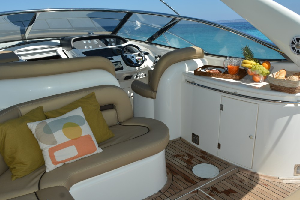 Bootverhuur Sunseeker Camargue 44 in Ibiza via SamBoat