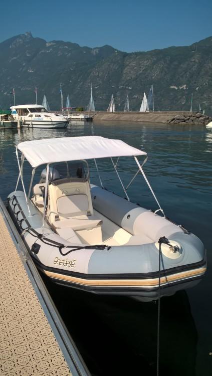 Location bateau Aix-les-Bains pas cher Sunrider 550 Gris