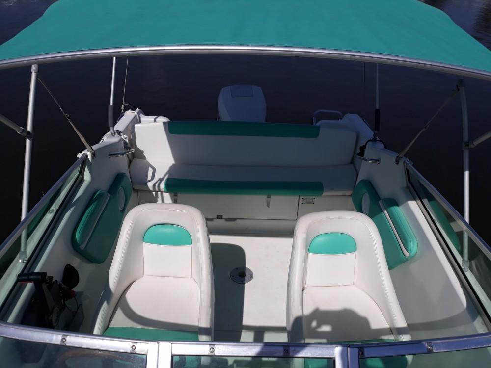 Location bateau Jeanneau Leader 605 HB à Hyères sur Samboat