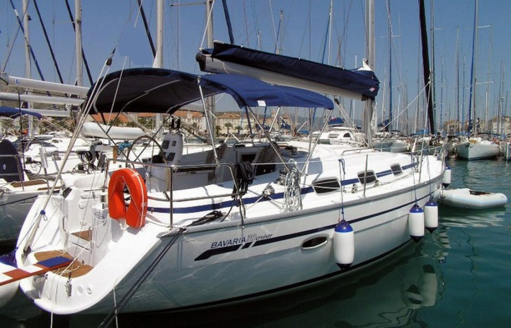 Bootverhuur Bavaria Yacts 39 Cruiser in Santa Eulària des Riu via SamBoat