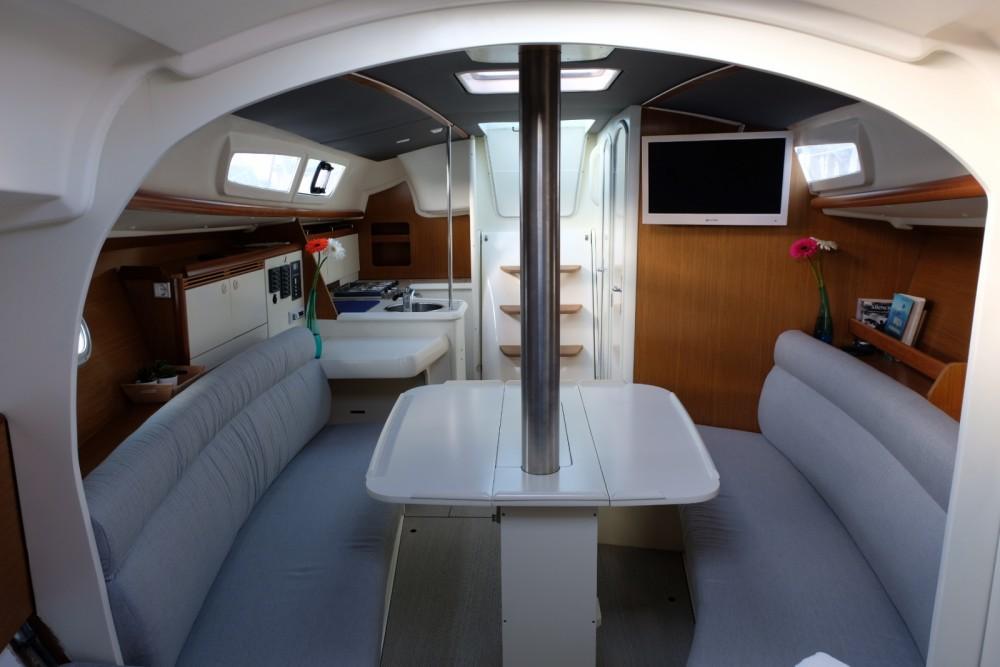 Huur Zeilboot met of zonder schipper Jeanneau in Santa Eulària des Riu