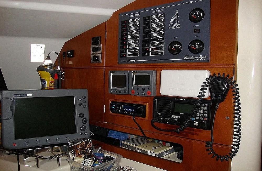 Huur Catamaran met of zonder schipper Fountaine Pajot in Marina de Alimos