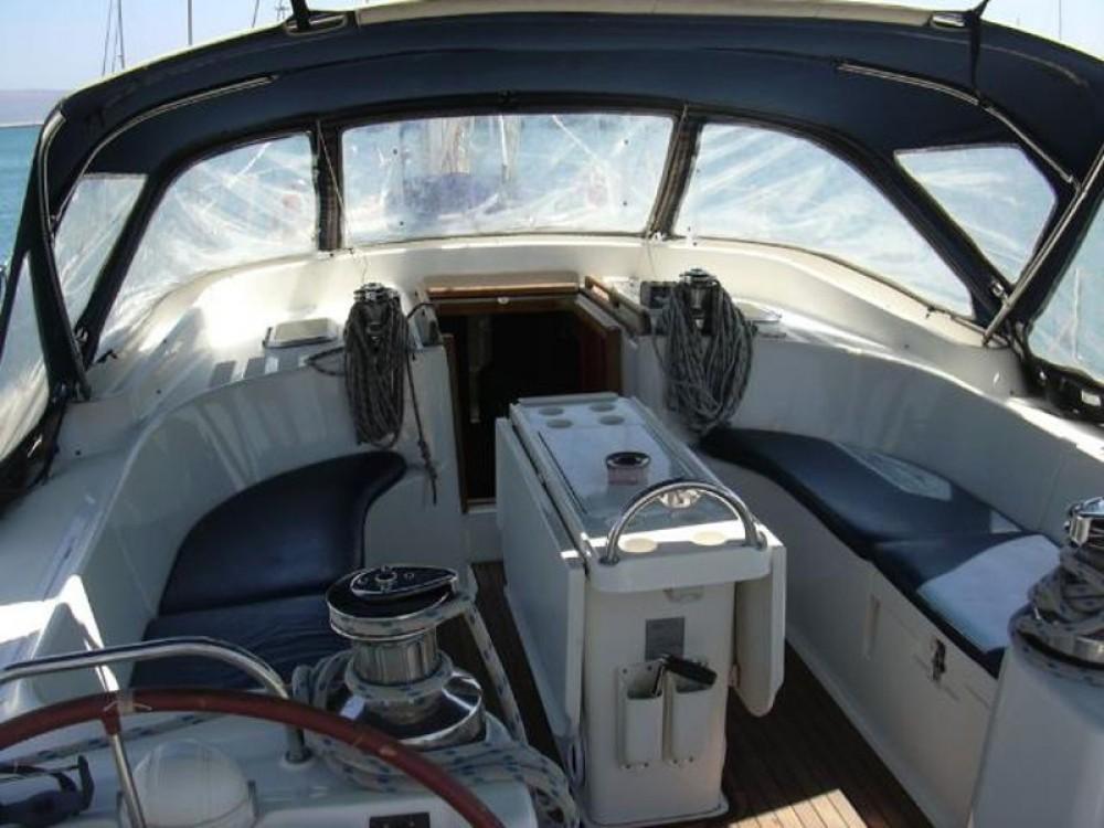Huur een Ocean Ocean Star 51.2 in Marina de Alimos