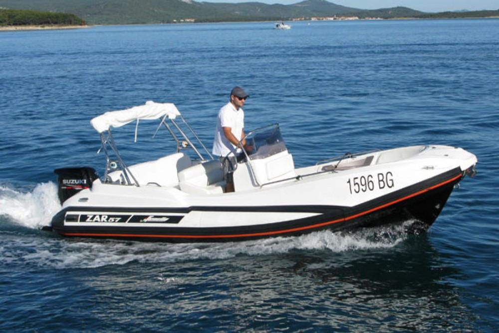 Rubberboot te huur in Biograd na Moru voor de beste prijs