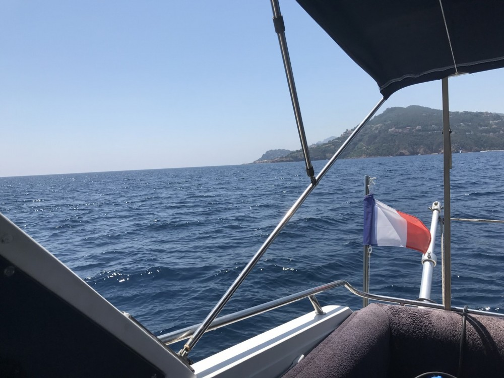 Bootverhuur Sunseeker SAN REMO 33 in Mandelieu-la-Napoule via SamBoat