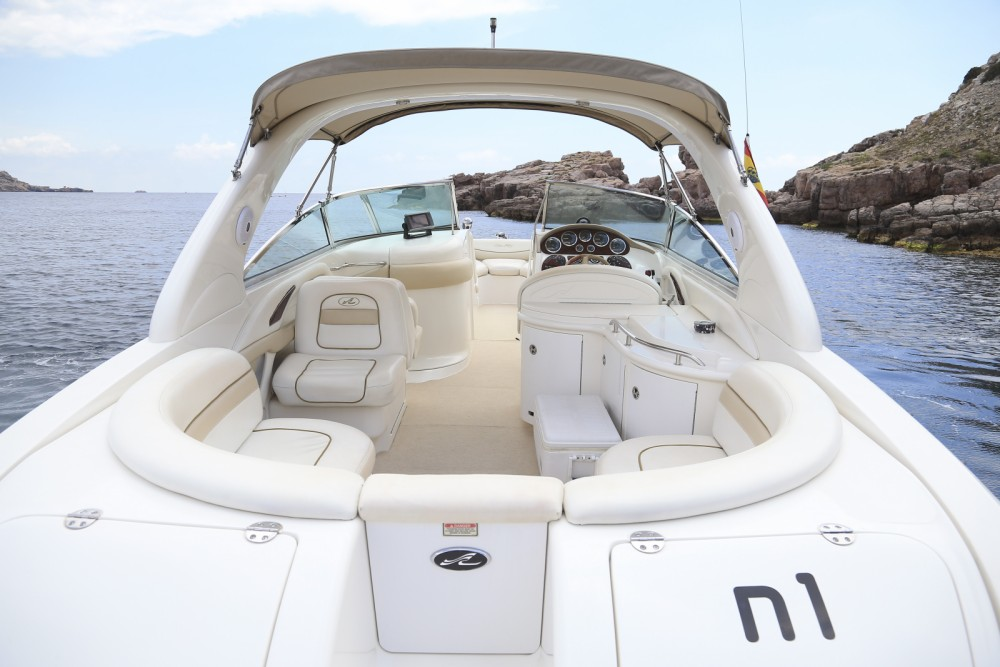 Huur een Sea Ray 290 Bow Rider in Balearische Inseln