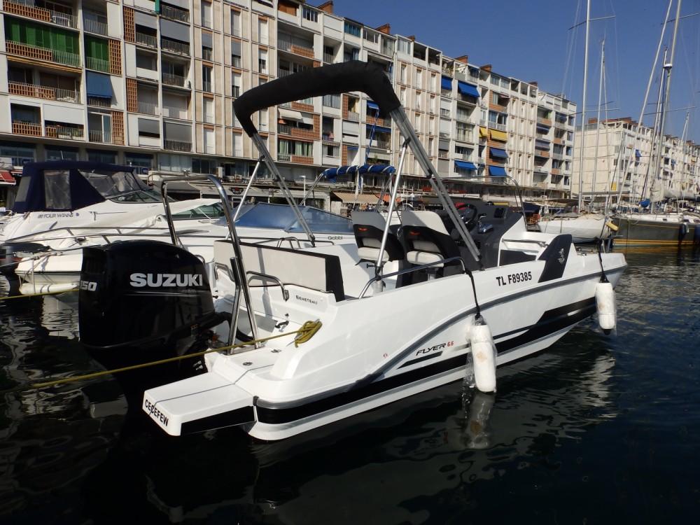 Huur Motorboot met of zonder schipper Bénéteau in Toulon