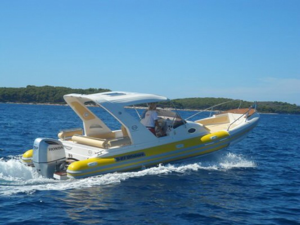 Location yacht à Bol - Aquamax B27 Offshore sur SamBoat