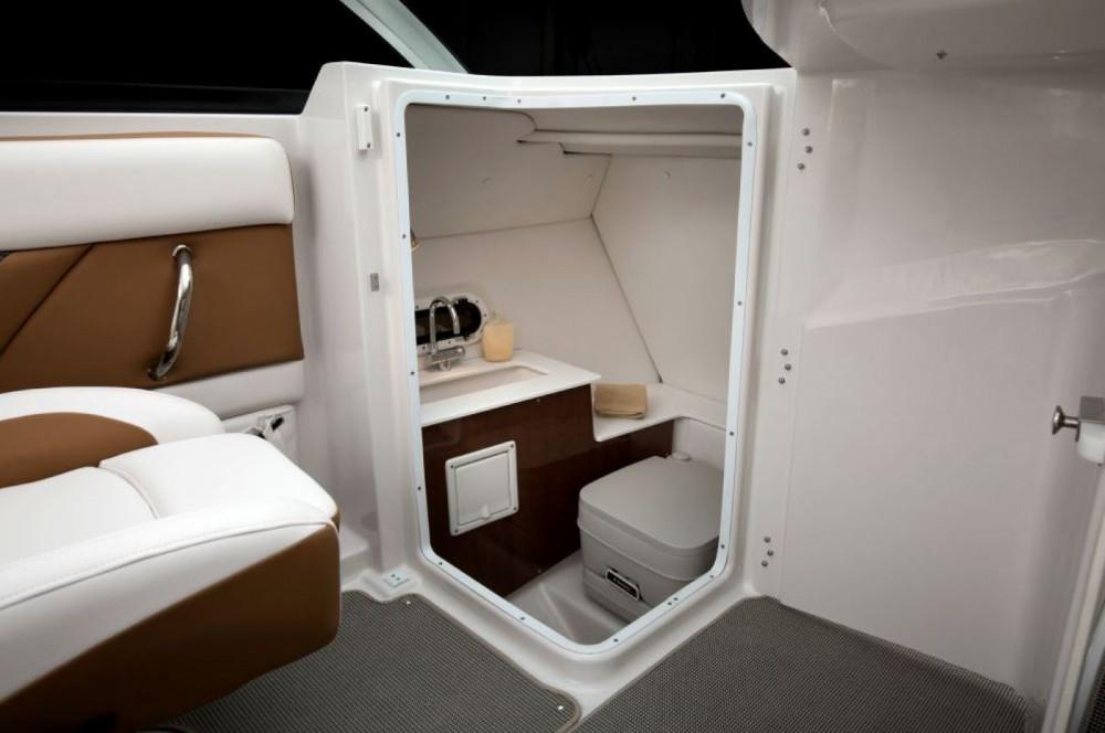 Location bateau Four Winns HD240 OB à Bol sur Samboat