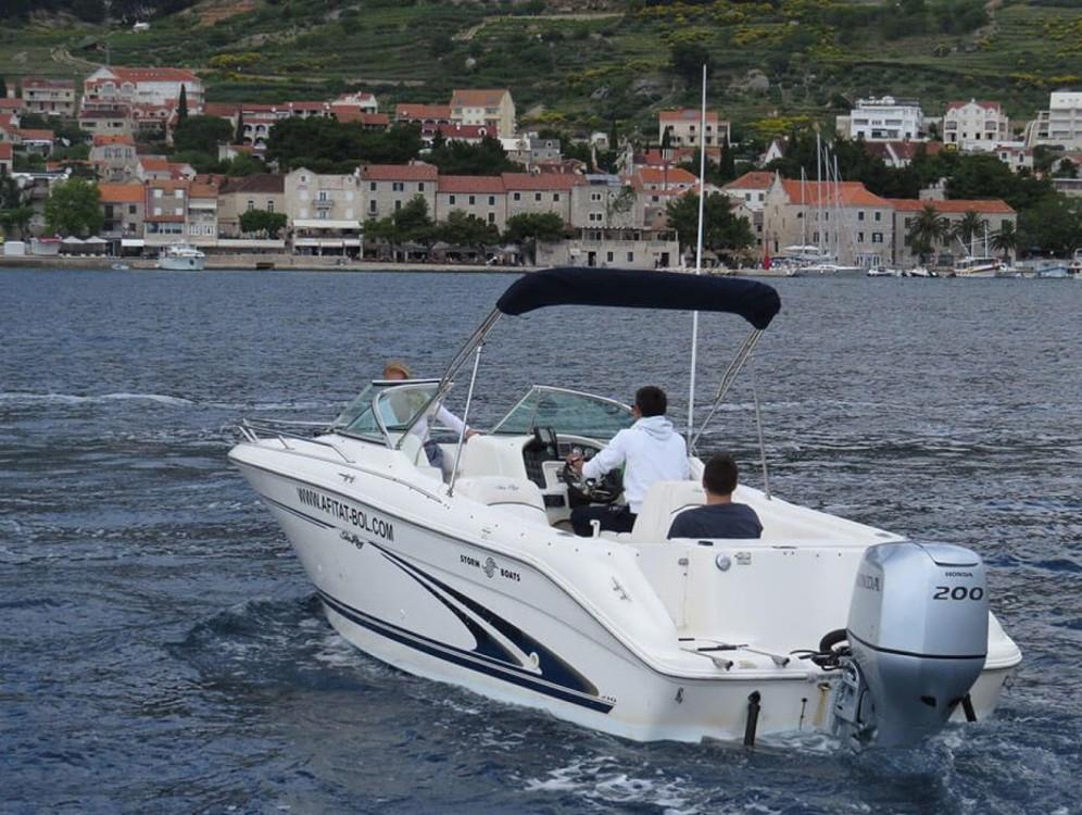 Louez un Sea Ray  H 210 à Bol