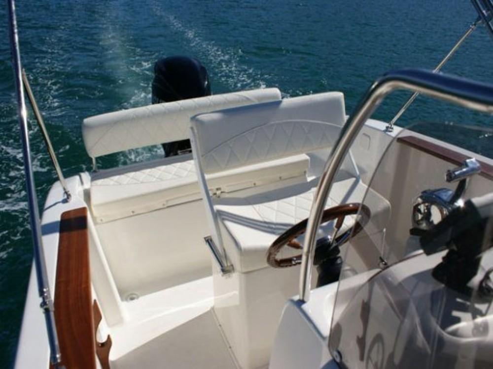 Huur Rubberboot met of zonder schipper Mingolla in Bol
