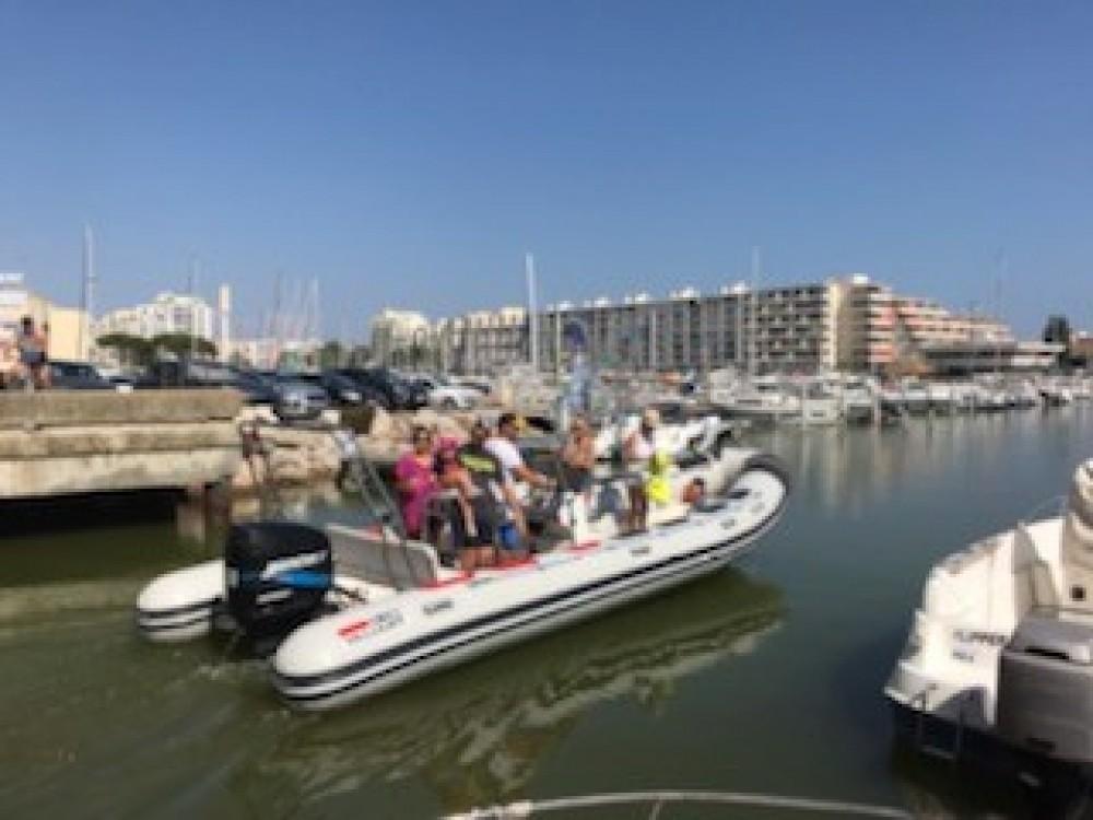 Rubberboot te huur in Pérols voor de beste prijs