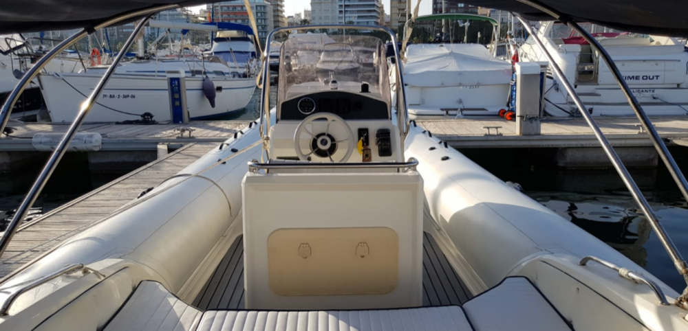 Verhuur Rubberboot in Alicante - Nuova Jolly King 720 Extreme