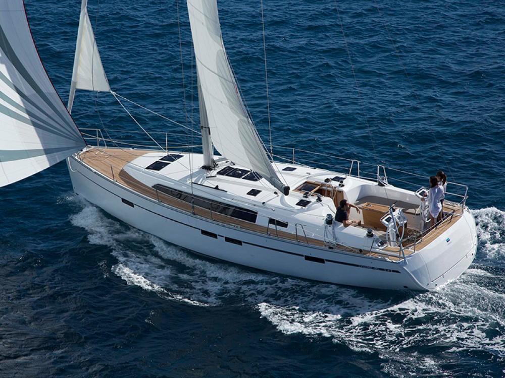 Bootverhuur Marina de Alimos goedkoop Bavaria Cruiser 46