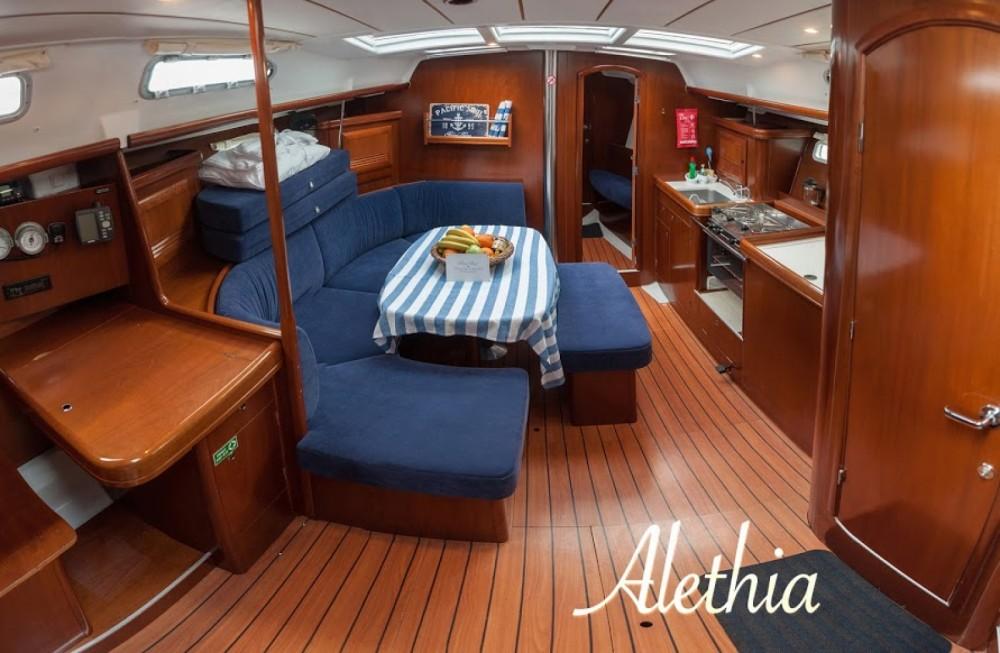 Louez un Bénéteau Oceanis 393 Clipper à Volos