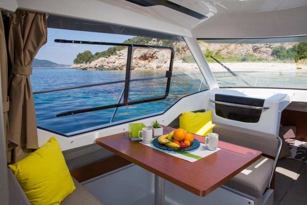 Bootverhuur Marseille goedkoop Merry Fisher 795