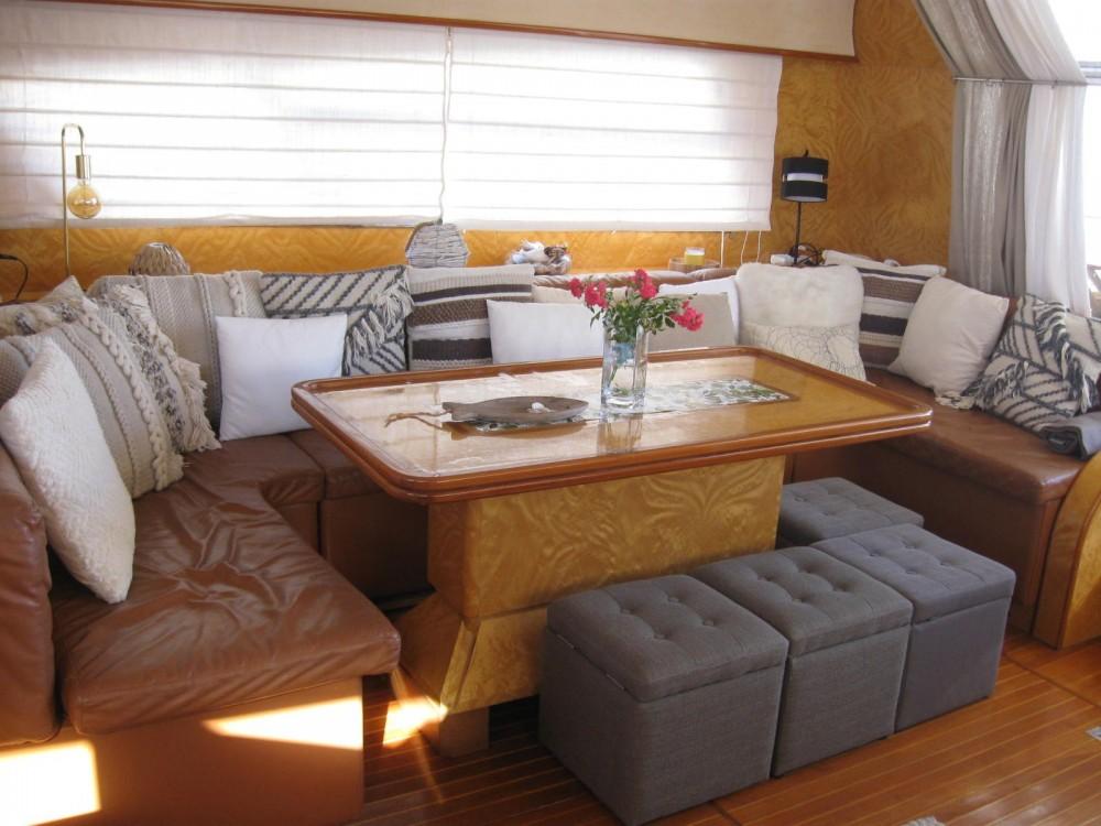 Bootverhuur Johnson 65 in Cannes via SamBoat