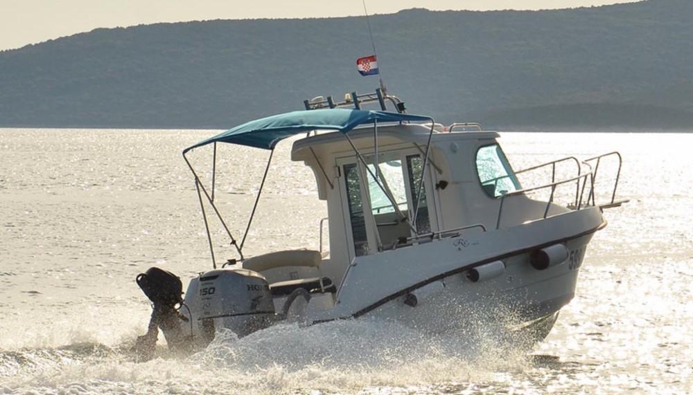 Location bateau Reful 700 à  sur Samboat