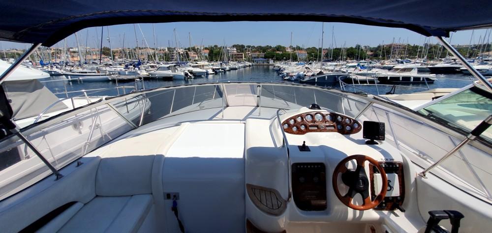 Motorboot te huur in Saint-Raphaël voor de beste prijs