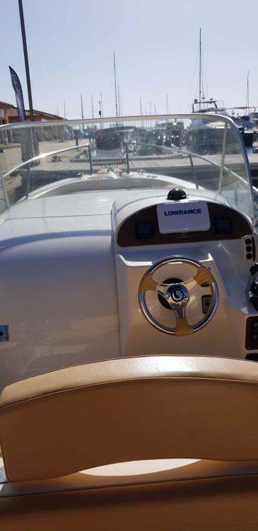 Bootverhuur Capelli Tempest 900 in Propriano via SamBoat