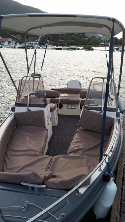Motorboot te huur in Genève voor de beste prijs